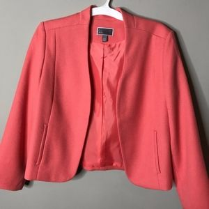Chelsea28 Cropped Coral Textured Blazer